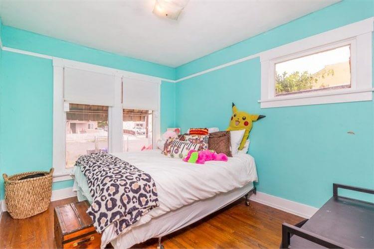11 - Bedroom - Before 1-min