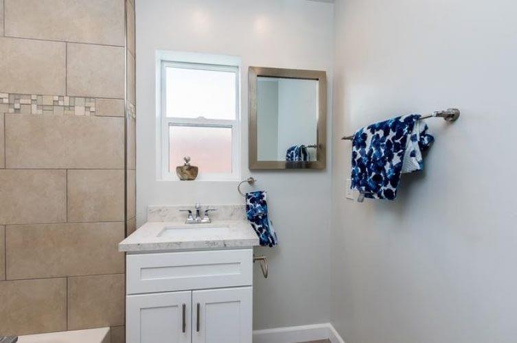 14 - Bathroom - After 1